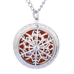 Necklace - Aroma Diffuser Winter Snowflake